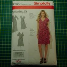 Simplicity 1653 amazing fit wrap dress