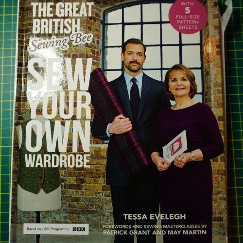great-british-sewing-bee-series-2-book-tessa-evelegh